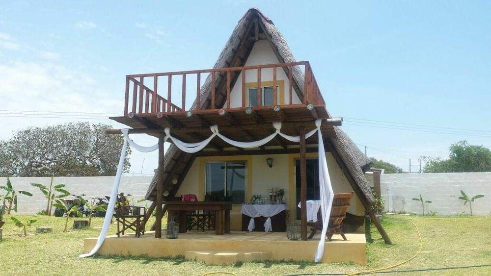 Vendemos casa Mobilada de praia em Macaneta