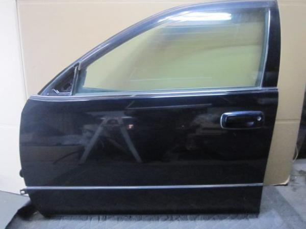 Передние двери на Lexus GS300,Aristo 160
