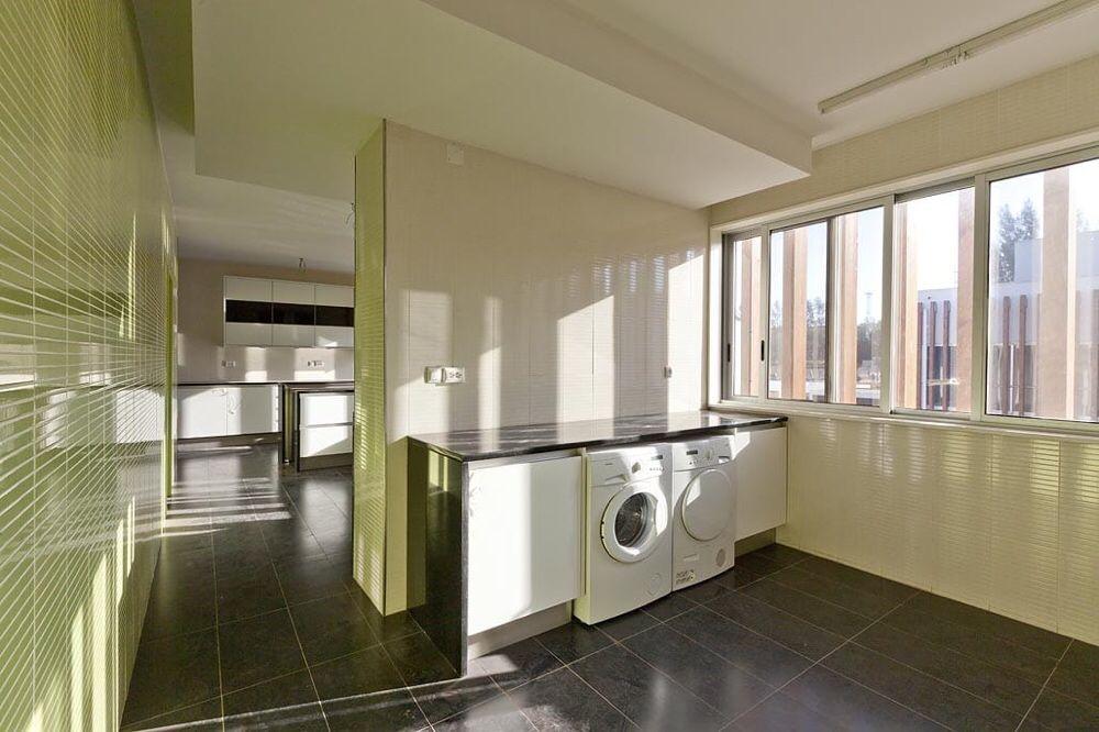 Vende-se Apart T4 Mobilado no Condomínio Xiluva Grande Sommerschield - imagem 5
