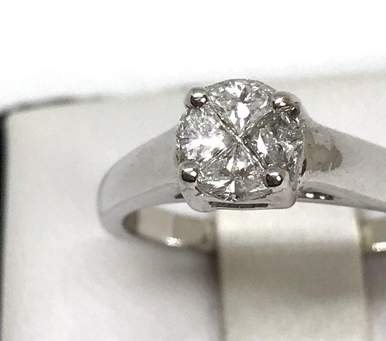 Диамантен годежен пръстен с диамант 0.50 к