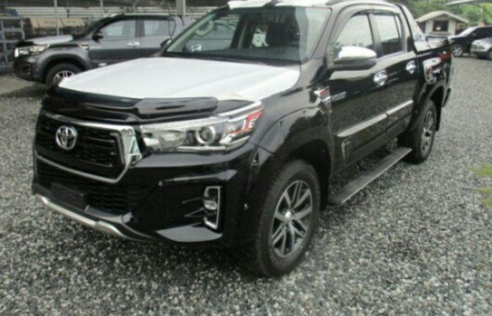 Toyota Hilux Diesel esta a venda
