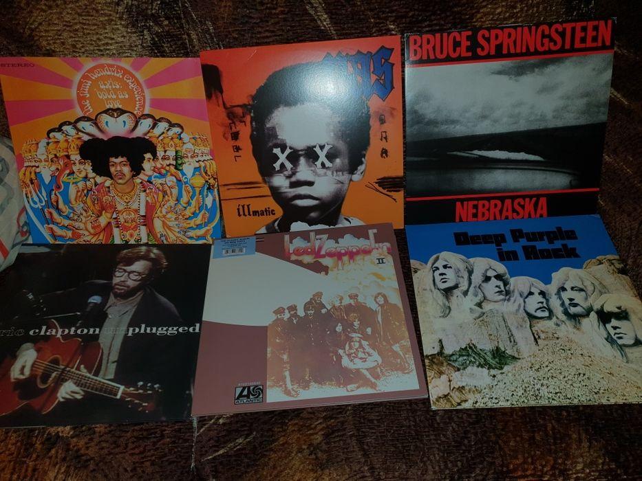 Vând discuri vinyl