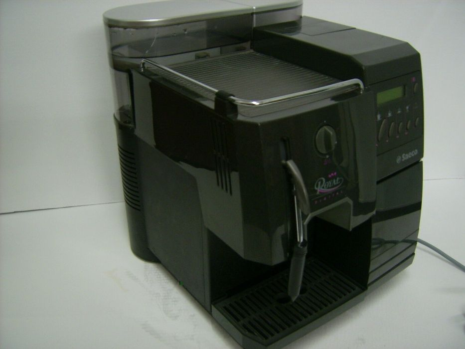 Кафе машини Saeco Royal Digital