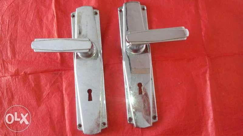 Шилдове, брави, брава за ролетна врата (гаражна)