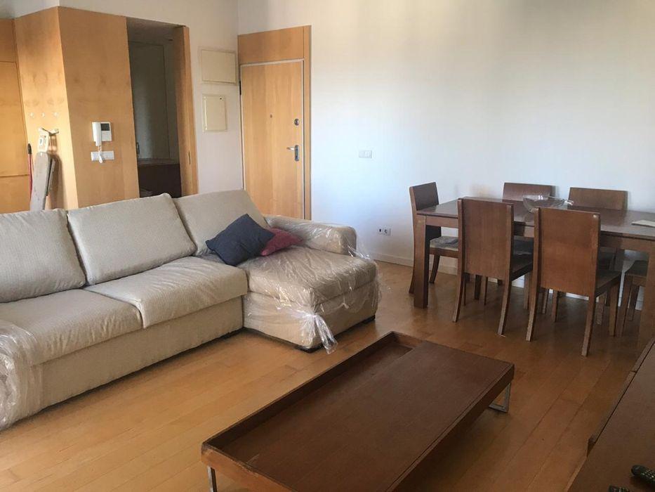 Arrendamos apartamento t1 Mobilado no condomínio jácaranda. 1 quarto.