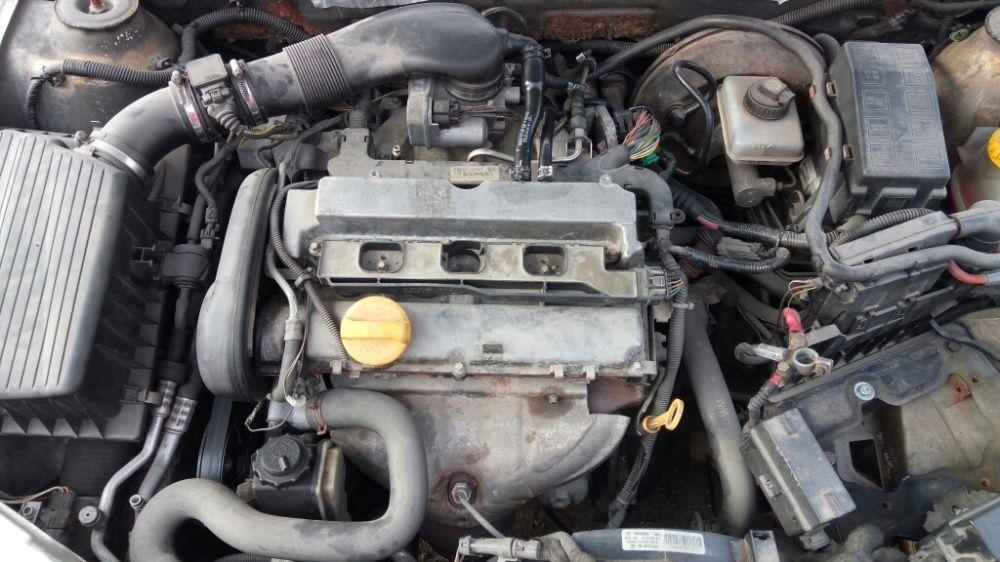 Opel vectra b2 1.8 z18xe