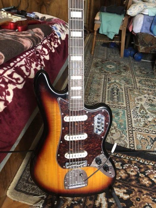 Chitara de bass Vintage Squire VI by Fender