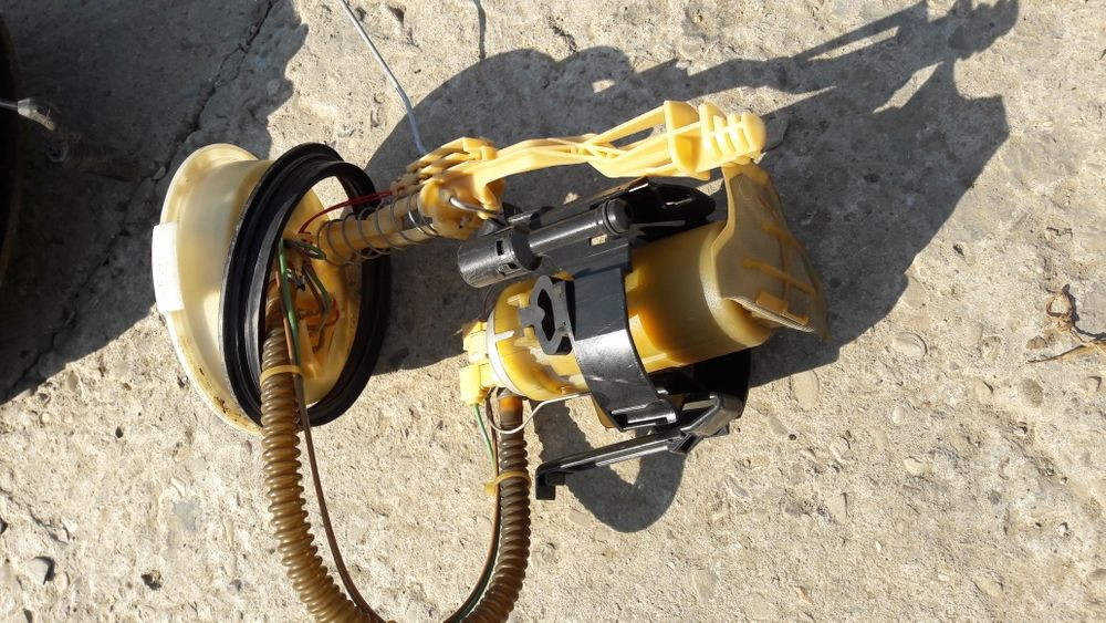 Pompa benzina bmw e39 520i 523i 525i