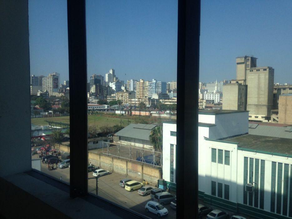 Arrenda se escritório numa área de 275.20m2 na Baixa Av. 25 de Setembr Bairro Central - imagem 5