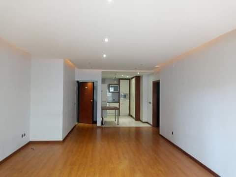 Arrenda-se Apartamento T3 Com & sem móveis nas Torres do índico