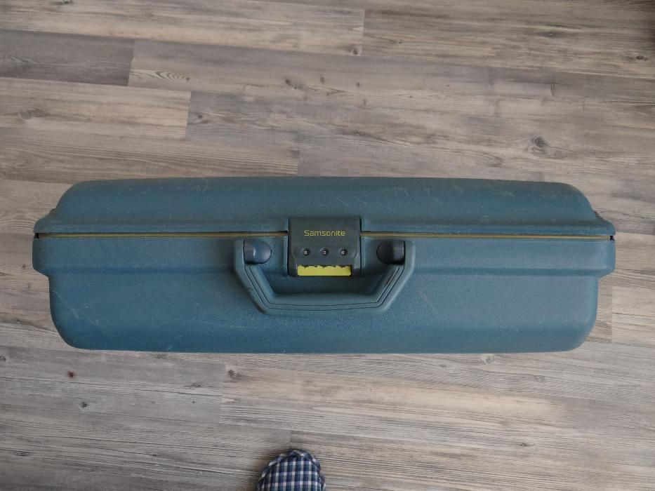 Продавам куфар Samsonite Suitcase Hard Shell