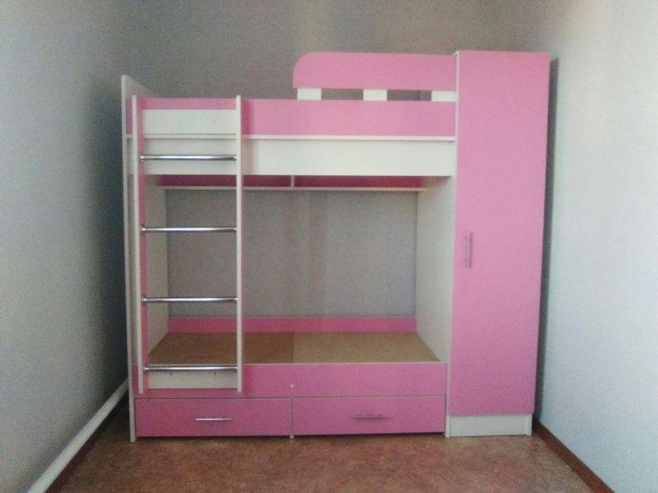 Кровать двухярусная + шкаф
