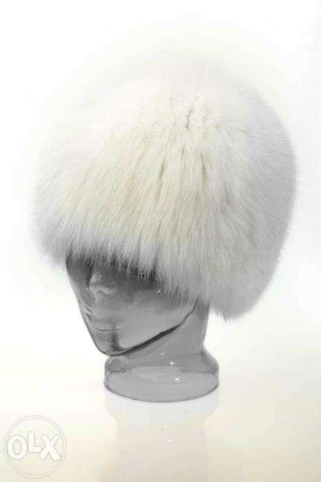 Căciulă nouă, din blană naturală de vulpe polară, marca Vesa&Vesa