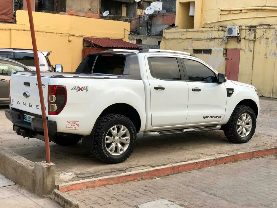 Vendo ford ranger wildtrack 2015 3.2 automática