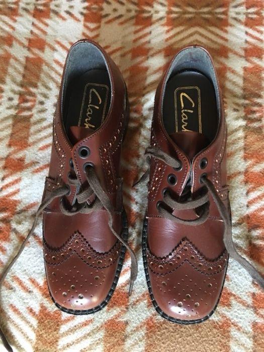 Оргинални официални Английски детски кожени обувки Clarks, Р# 34, Нови