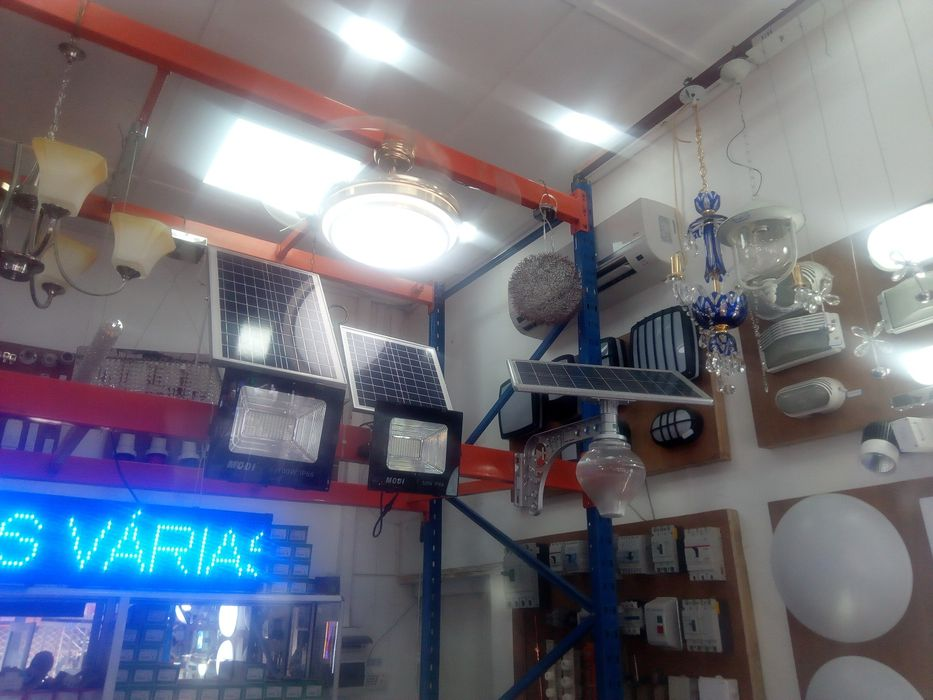 Solar Lampadas Gambiar longo alcance ilumana o seu espaco sem custos