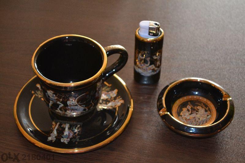 Комплект за сутрешно кафе