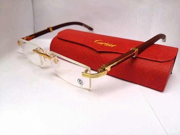 Armações originais de marcas Cartier, Fred e Montblanc