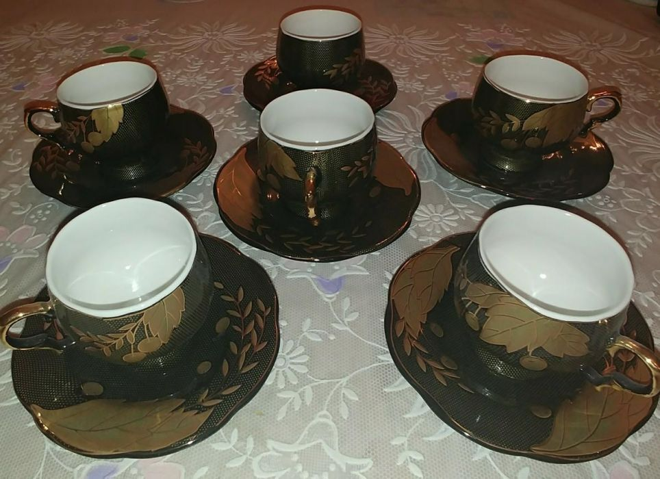 Продам кофейно-чайный сервиз на 6 персон