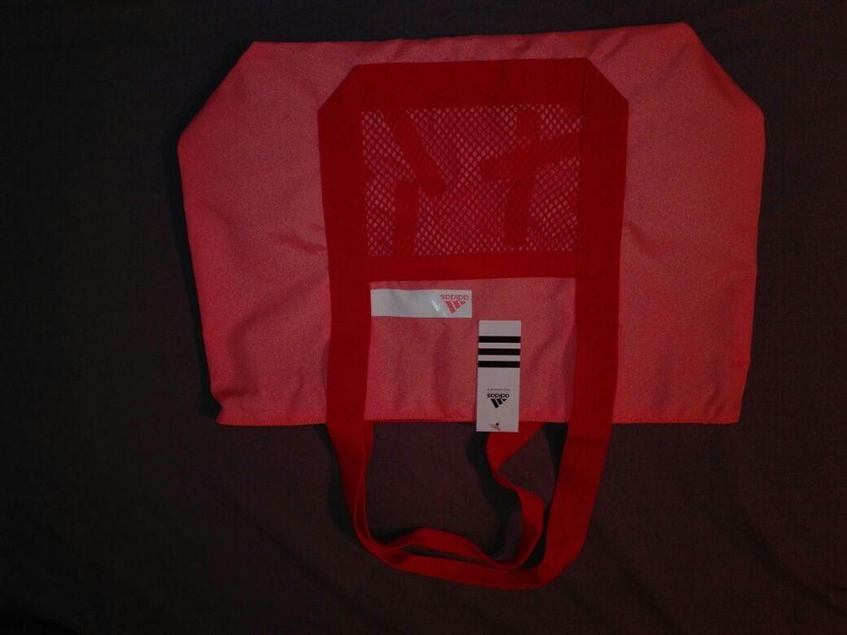 Adidas спортна чанта