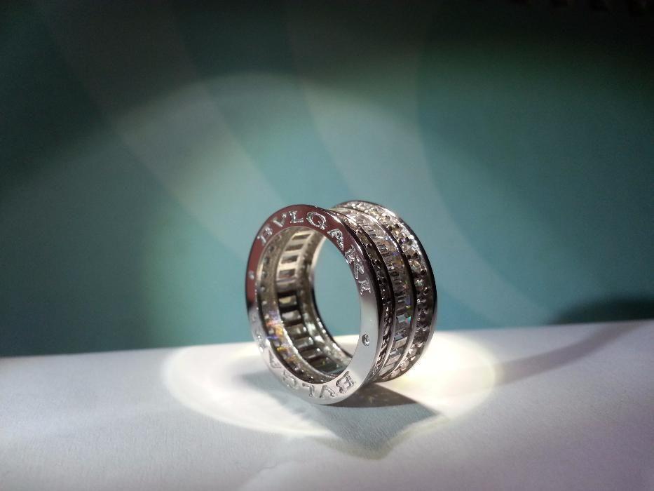 Сребърен пръстен с багети, модел на BVLGARI