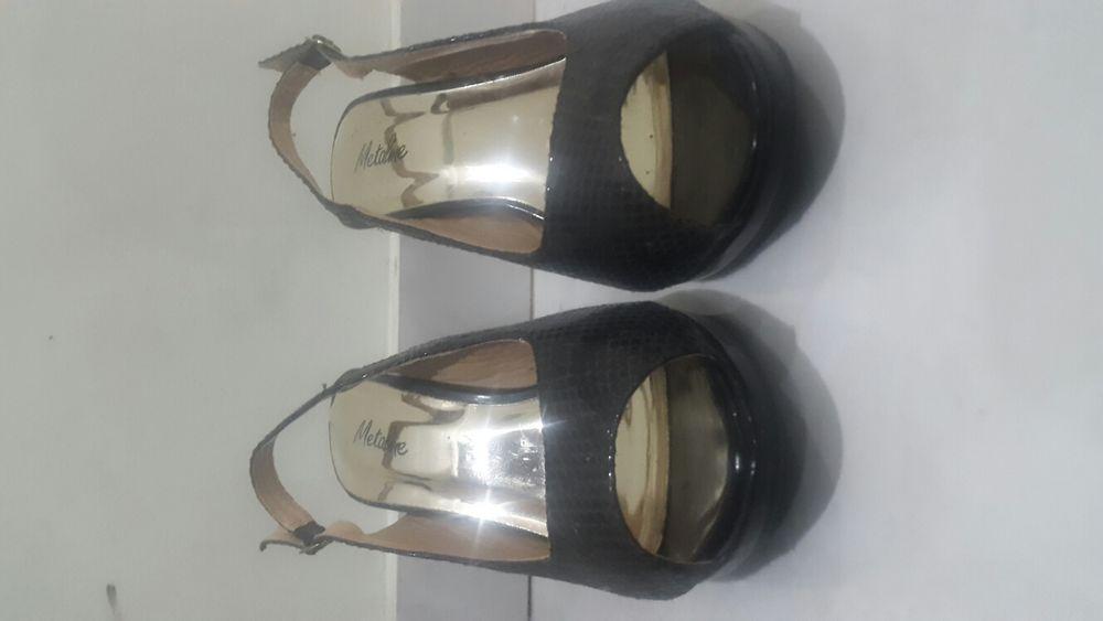 Sapatos altos Metaline