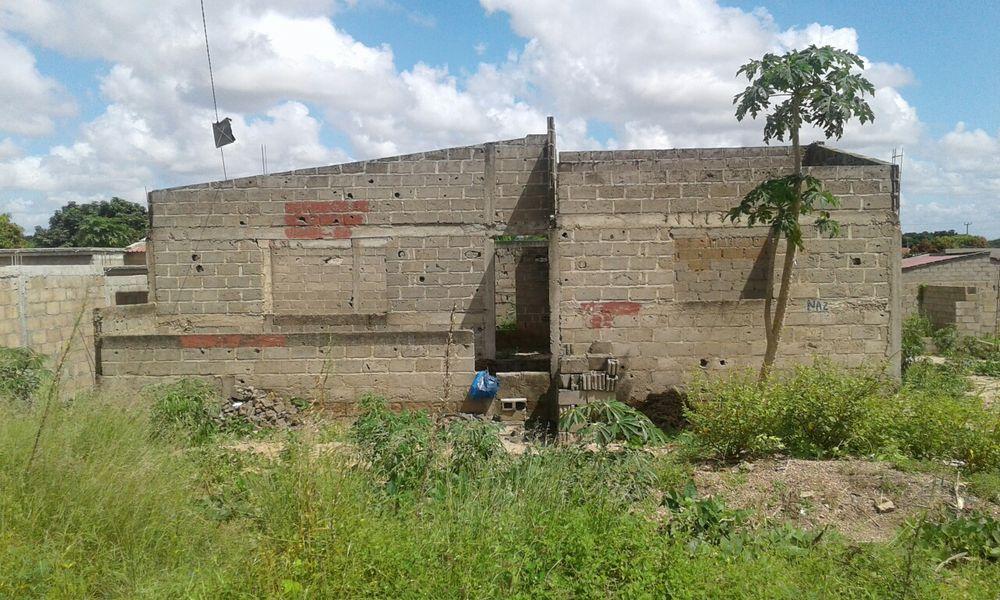 Vendo esta casa por acabar na cmc circular bem localizado Magoanine - imagem 4
