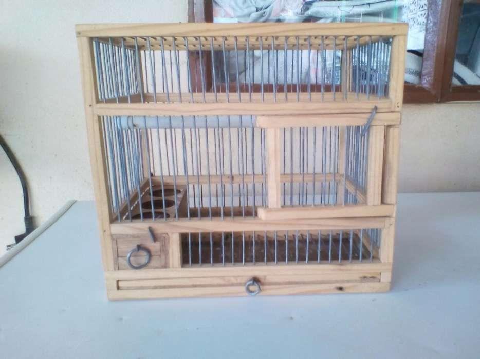 Temos para venda por encomenda gaiolas de transporte de aves