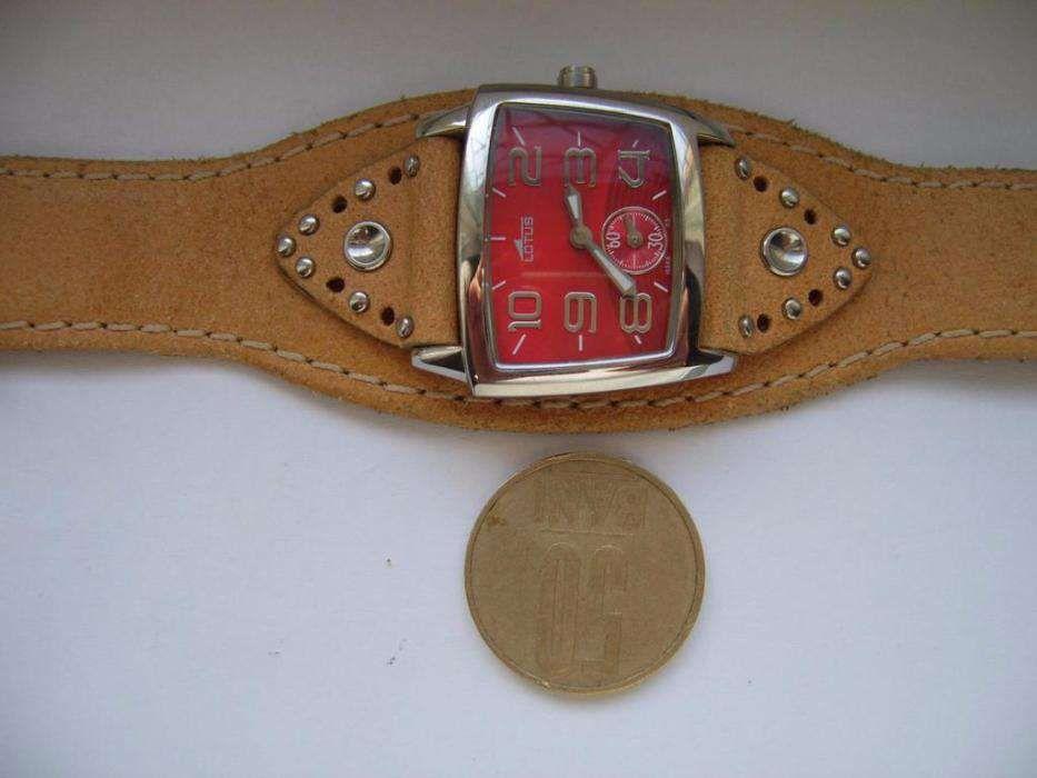 Ceas dama original LOTUS L15369/5 Electronic casual aproape nou