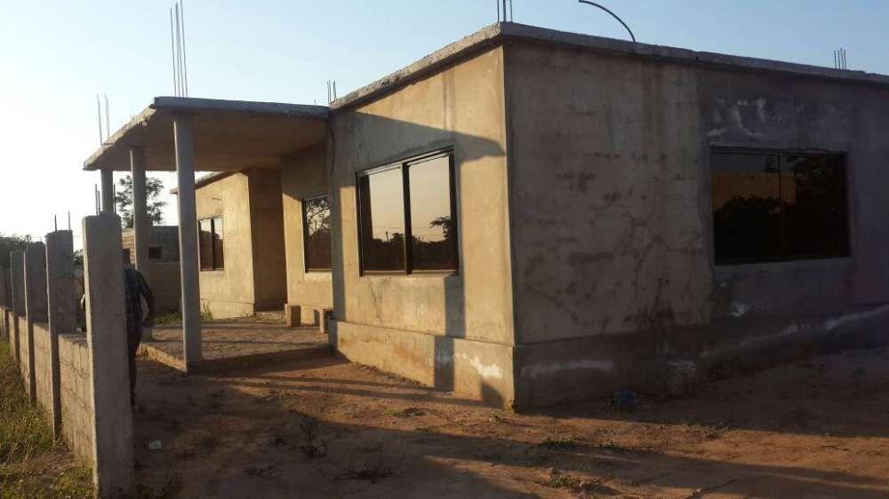 Vende se vivenda em Txumene2