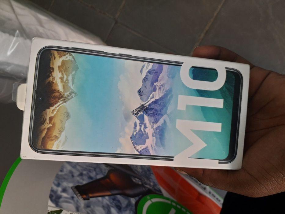 Samsung M10 selados promoção