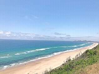 Vende-se Casa de férias T2 na praia PONTA MALONGANE-Ponta D'Ouro