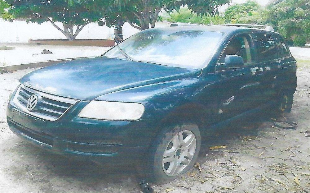 Volks Wagen Touareg, carcaça a despachar com urgência Motor no chão