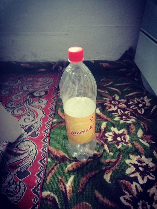 Продам пластмассовый бутылки