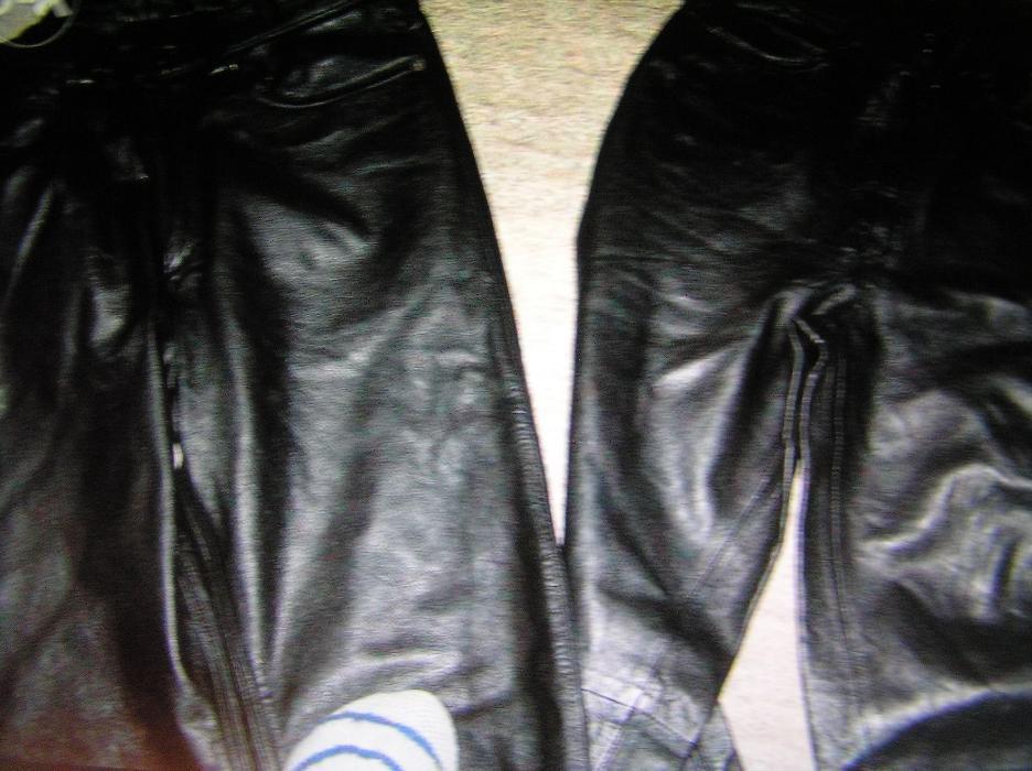 pantaloni piele naturala marimi diferite