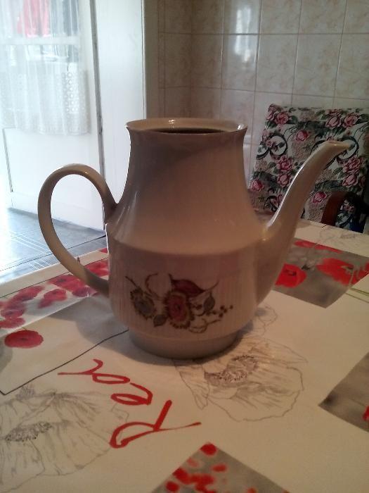 Ceainic portelan vechi