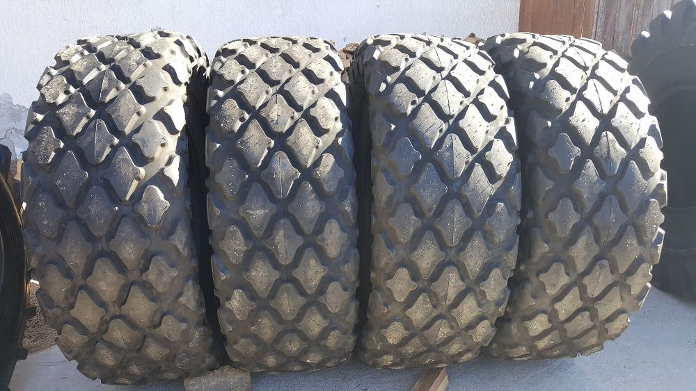 Cauciucuri noi pentru cilindru compactor 23.1-26 anvelope cu garantie