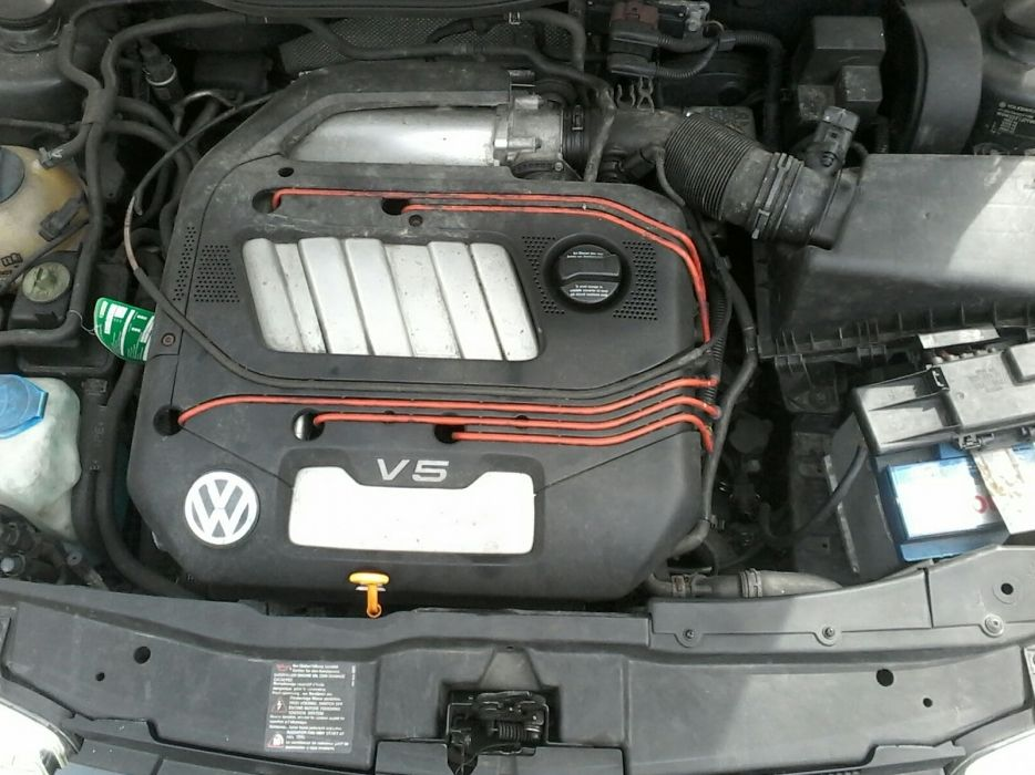 Motor 2.3 VR5 golf,bora,octavia