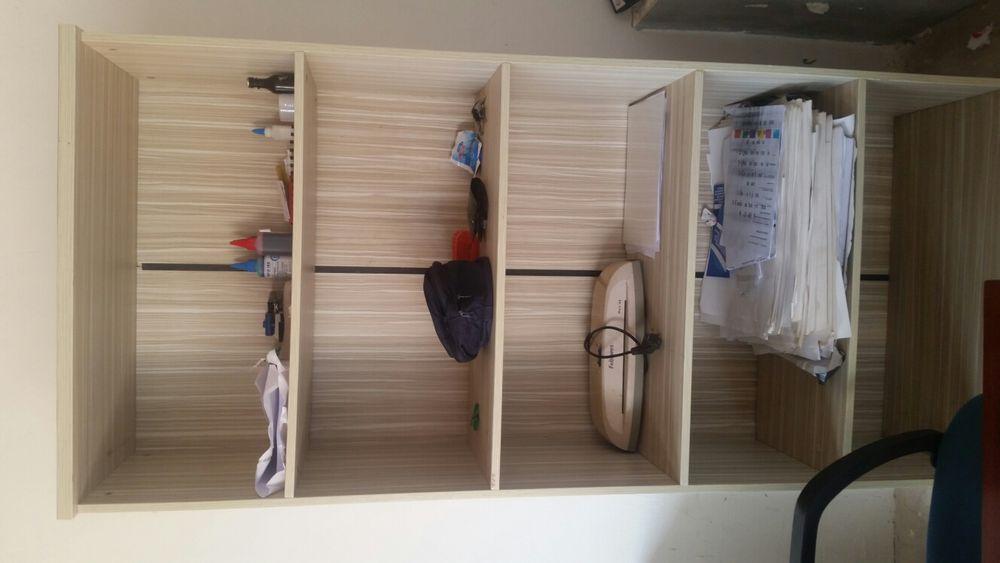 Vendo estes armários.