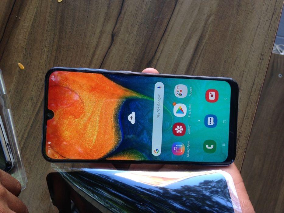 Galaxy A30 novo fora da caixa com 64 gb