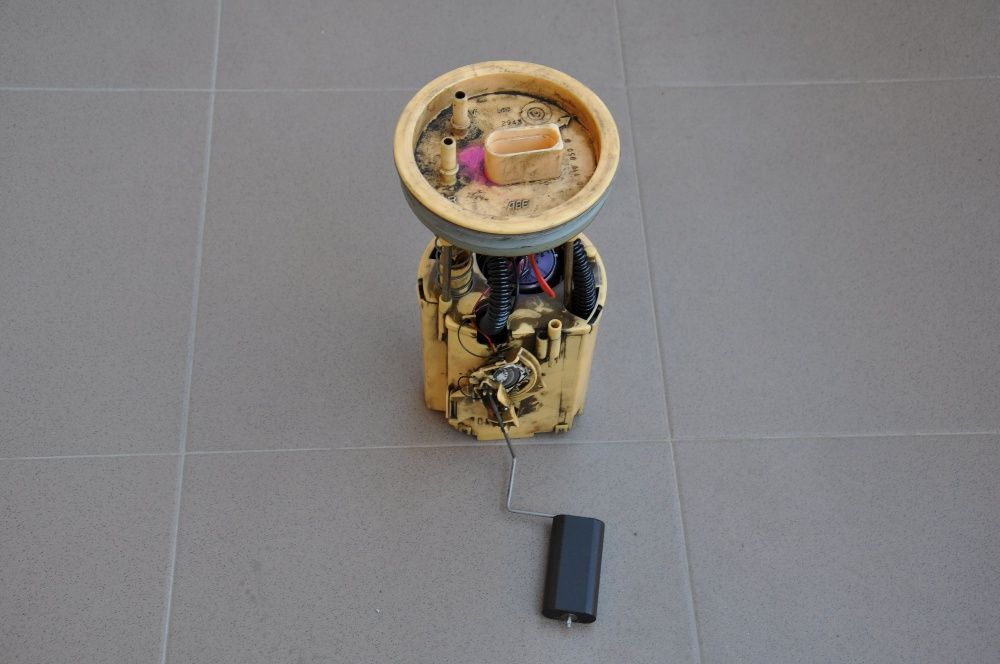 Pompa combustibil VW Golf 4 diesel