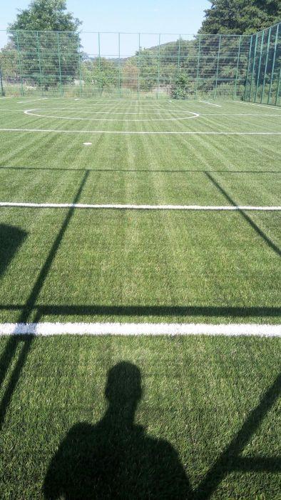 Gazon sintetic pentru terenuri fotbal si multisport .Gazon decorativ
