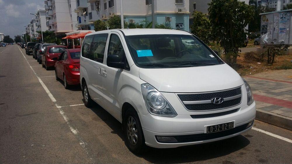 Vende se este Carro Hyace H1 da Hyunday a 8000 milhões