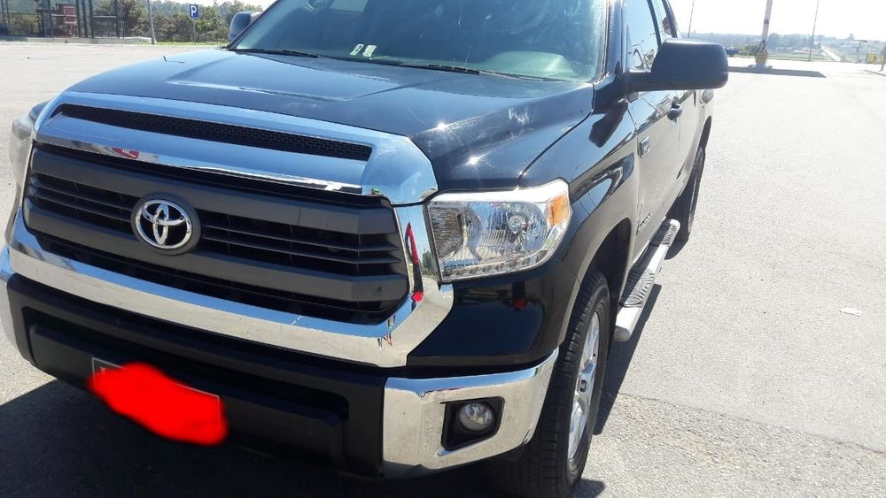 Toyota Tundra semi nova