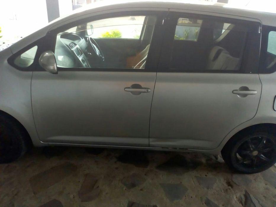 Vendo Toyota Ractis Machava - imagem 2