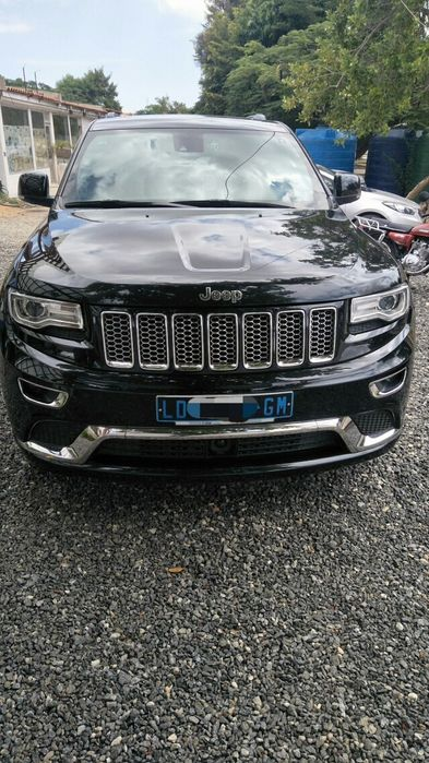 Jeep Grand cherokee semi novo, motor V8
