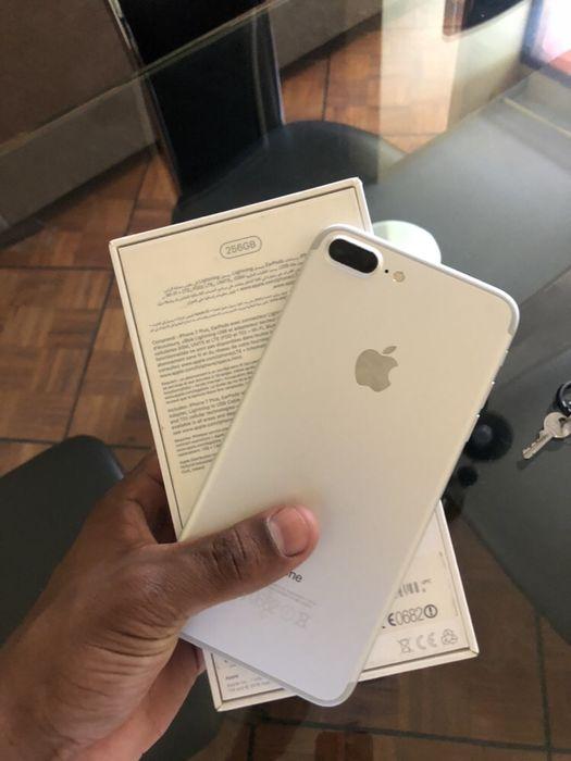 iPhone 7 Plus 256gb com caixa ( aceito diferenças)