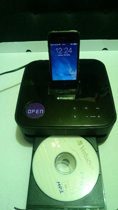 Stația de andocare Polaroid Speaker Dock Ceas cu alarmă + iPhone 4S