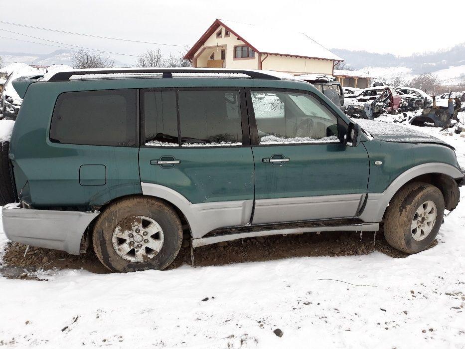 dezmembrari dezmembrez mitsubishi pajro mk 3 an 2003 motor 3200cmc