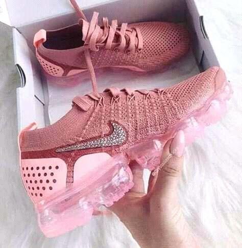 Pink vapor max
